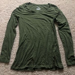 Green long sleeve t shirt